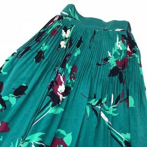 🅿️GREEN FLORAL SKIRT |New